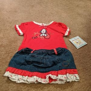Baby Snoopy outfit. 6-9 months. NWT